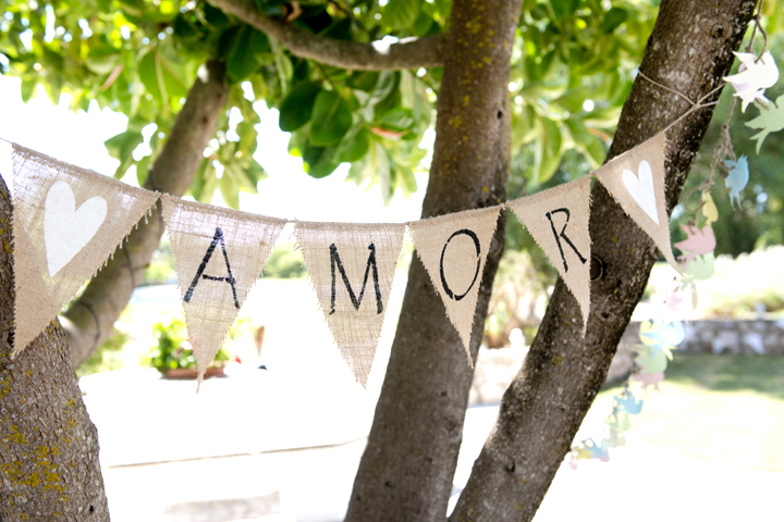 Amor Bunting from Our Collection, Photo by Blush Photography Algarve